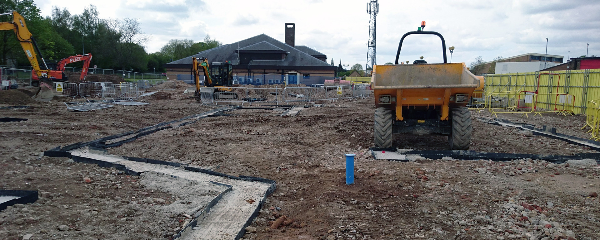 Can you provide guidance on foundation design in a Phase 2 site investigation report?